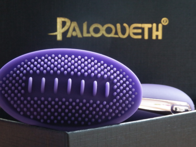 Paloqueth Tongue Vibrator Review - A sex toy review of the fun and unusual Paloqueth Tongue Vibrator